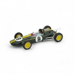 Lotus 25 with driver 8 F1 Italie World Champion 1963 Jim Clark Brumm R332-CH