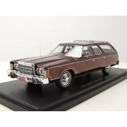 Chrysler Town & Country 1976 Red Metallic NEO NEO44796