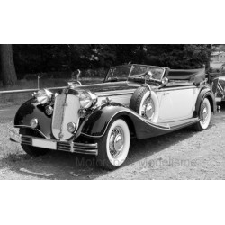 Horch855 Roadster 1939 Dark Red Light Beige Sunstar SUN2406