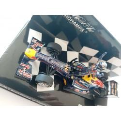 Red Bull Renault RB7 F1 Winner Espagne 2011 Sebastian Vettel Minichamps 413110501