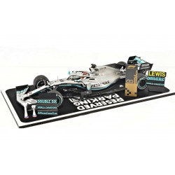 Mercedes F1 W10 EQ Power+ 44 F1 USA 2019 Lewis Hamilton special base with pitboard Spark 18S465