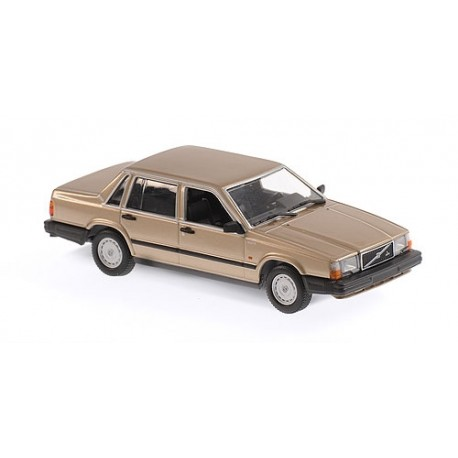 Volvo 240 GL 1986 Gold Metallic Minichamps 940171702