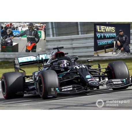 Mercedes F1 W11 EQ Performance 44 F1 91st Win Eifel 2020 Lewis Hamilton with pitboard and helmet Minichamps 410201144