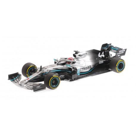 Mercedes F1 W10 EQ Power+ 44 F1 Winner Chine 2019 Lewis Hamilton Minichamps 110190344