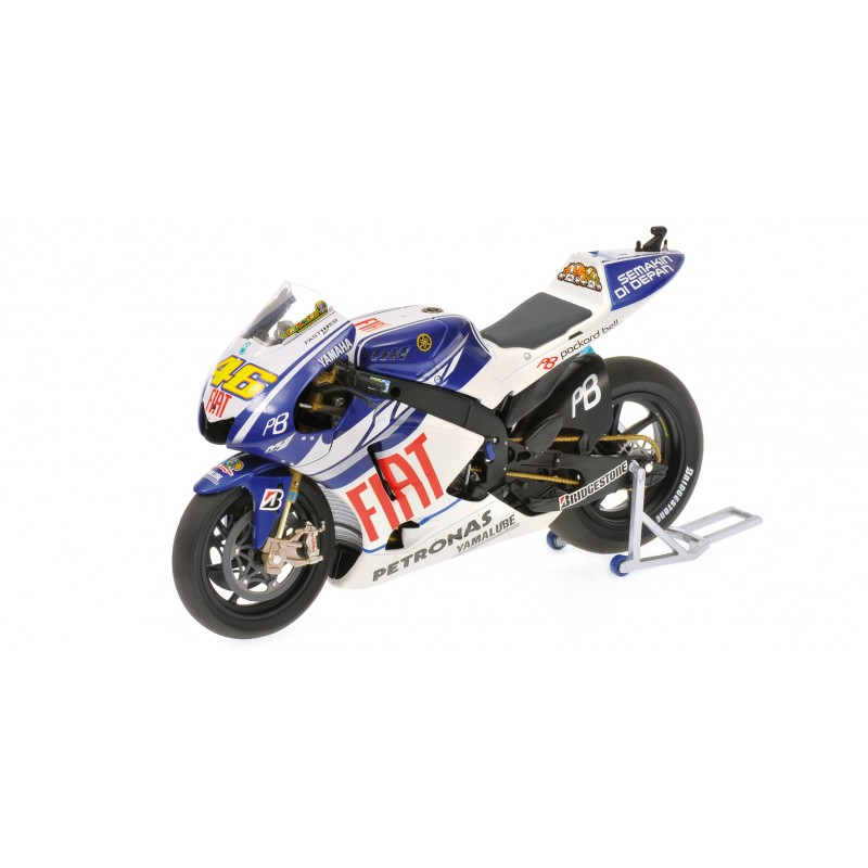 yamaha yzr m1 moto gp 2010 valentino rossi minichamps 122103046 miniatures minichamps. Black Bedroom Furniture Sets. Home Design Ideas