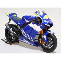Yamaha YZR-M1 Moto GP 2005 Valentino Rossi Minichamps 122053046