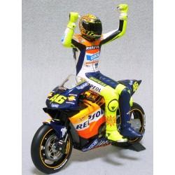 Figurine 1/12 Valentino Rossi Moto GP 2002 Minichamps 312020046