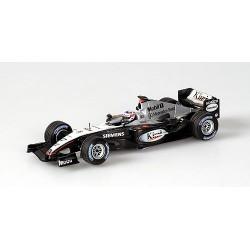 McLaren Mercedes MP4/19 6 F1 2004 Kimi Raikkonen Minichamps 530044306