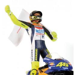 Honda RC211V 46 1st win Moto GP 2002 Valentino Rossi avec figurine Minichamps 122021046